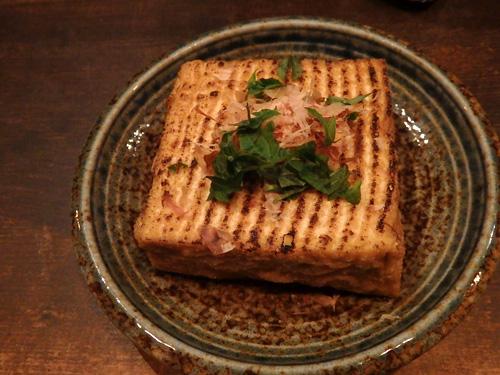 35純国産大豆使用片岡さんのおいしい絹揚げ