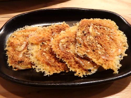 27桜エビのチーズカリカリ焼き