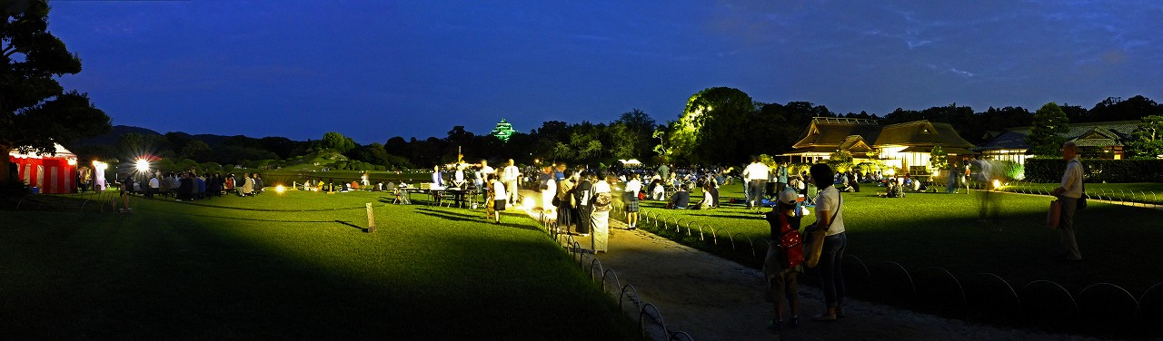 s-20160915 後楽園恒例の名月観賞会の日の様子ワイド風景 (1)