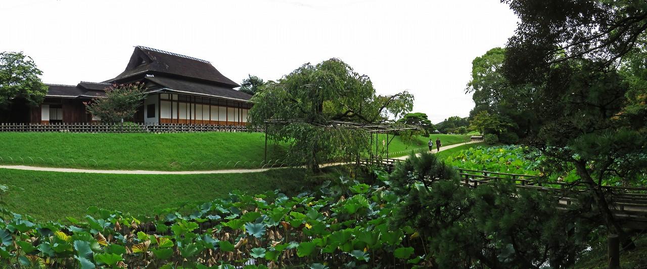 s-20160919 後楽園今日の園内栄唱の間と花葉の池のワイド風景 (1)