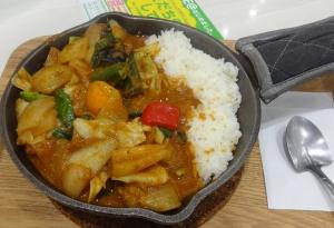 野菜を食べるカレーcamp express イオンレイクタウンKaze店