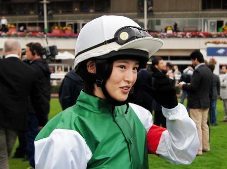 【競馬】今週の藤田菜七子の乗鞍が2頭しかいない件