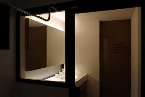 N_Bath_06.jpg