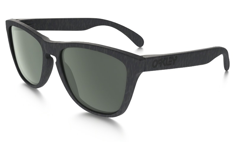 main_OO9245-28_frogskins_gunpowder-dark-grey_001_94293_png_heroxl.jpg