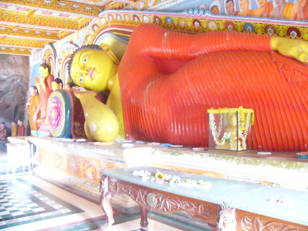 4精舎の仏像P1000569