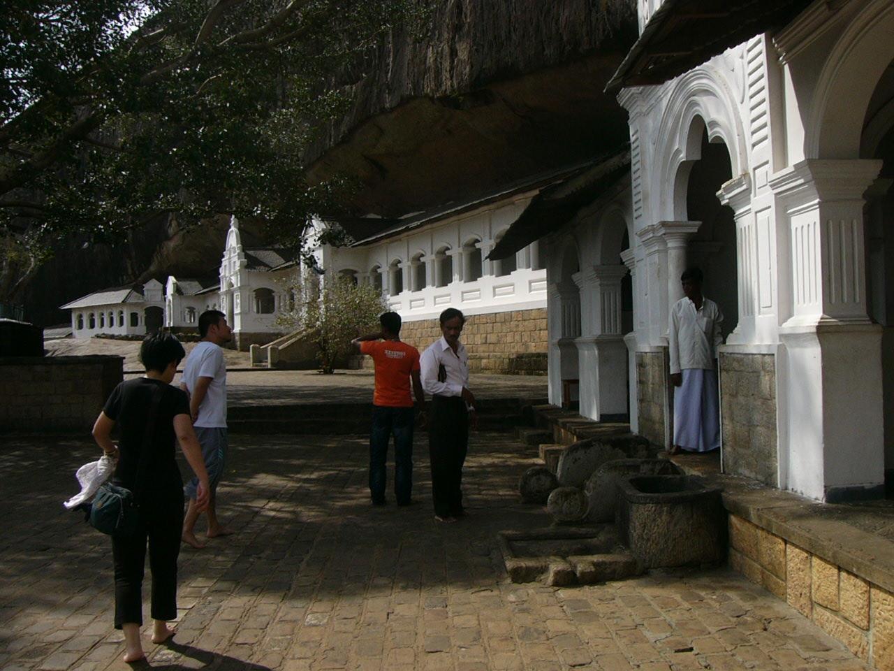 4岩窟寺院P1000504