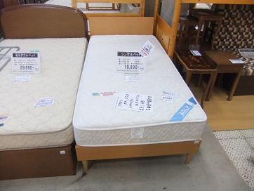 シングルベッド1