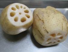 レンコンと鶏ひき肉の甘辛煮 材料①