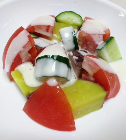 トマトとさつまいものサラダ B