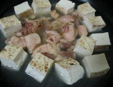 焼き鳥缶と焼き豆腐のうま塩親子煮 調理④