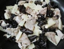 豚こまとキクラゲの卵炒め 調理④