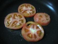 トマトとしらすのチーズ焼き 調理①