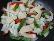 牛肉とピーマンの黒胡椒炒め 調理④