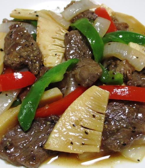 牛肉とピーマンの黒胡椒炒め 大