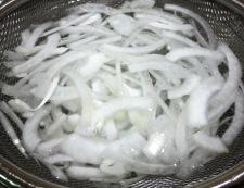 ツナと蒸し大豆のサラダ 調理①