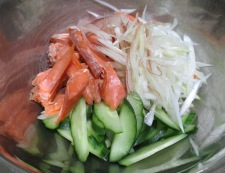 ネギ鮭サラダ 調理③
