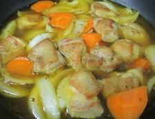 鶏肉のサフランスープ煮 調理⑥