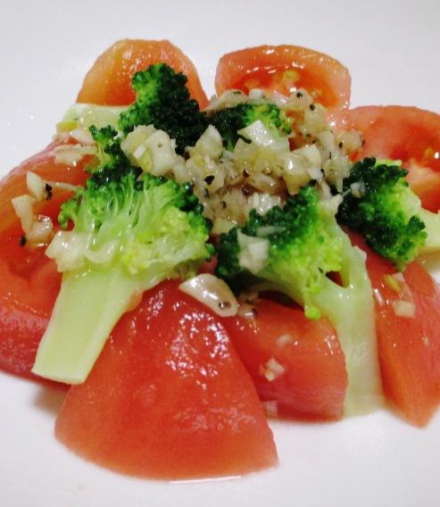 トマトブロッコリー B