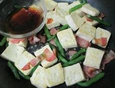 木綿豆腐とベーコンの甘辛炒め 調理⑤