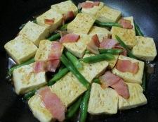 木綿豆腐とベーコンの甘辛炒め 調理⑥