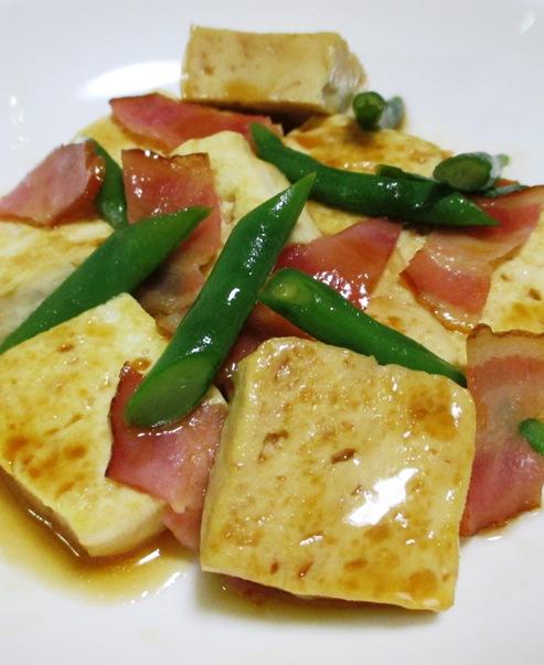 木綿豆腐とベーコンの甘辛炒め 大