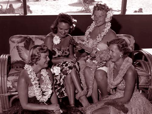 VintageHawaiianGirls.jpg