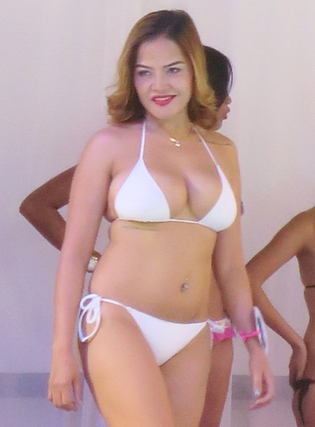 swimsuit contest052816 (123)