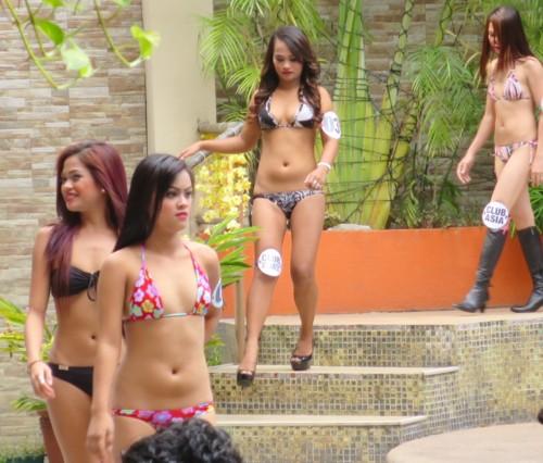swimsuit contest073016 (5)