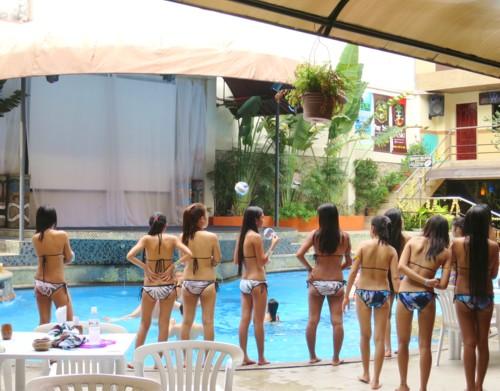 swimsuit contest073016 (1)
