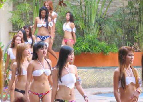 swimsuit contest092416 (6)