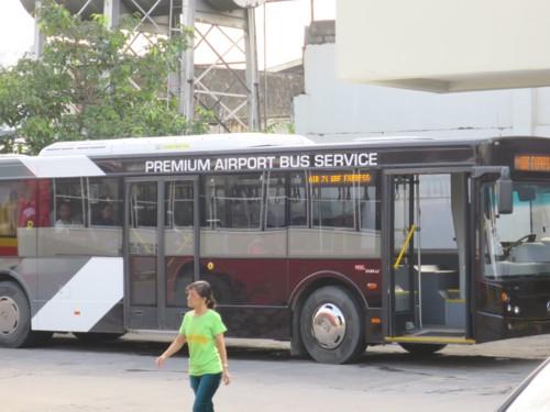 airport shuttle100816 (1)