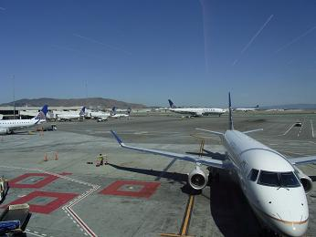 サンフランシスコ空港乗り継ぎ