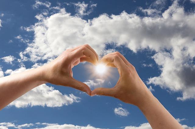 love-1672154_640.jpg