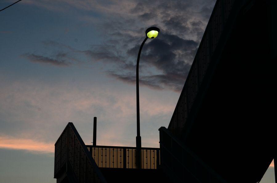夕暮れの街-2
