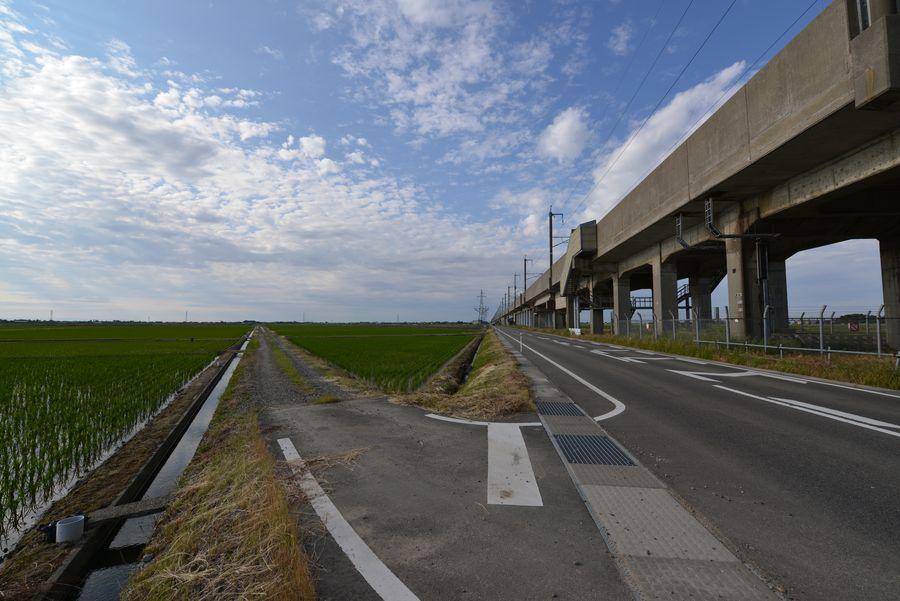 田と新幹線-3