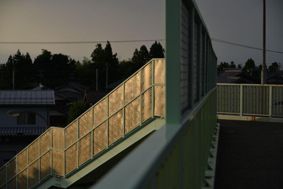 跨線橋からの夕陽-4