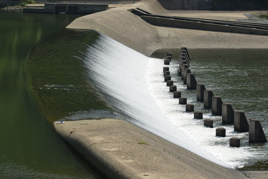 河口の堰-1