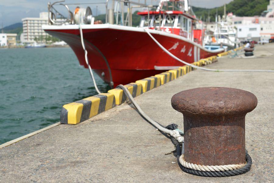 赤い漁船-3