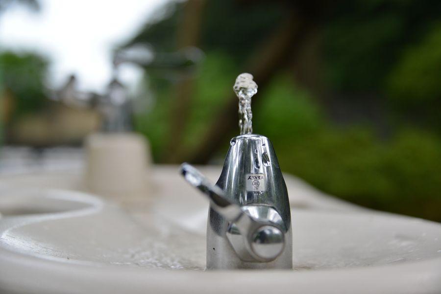 水を飲みたい-2