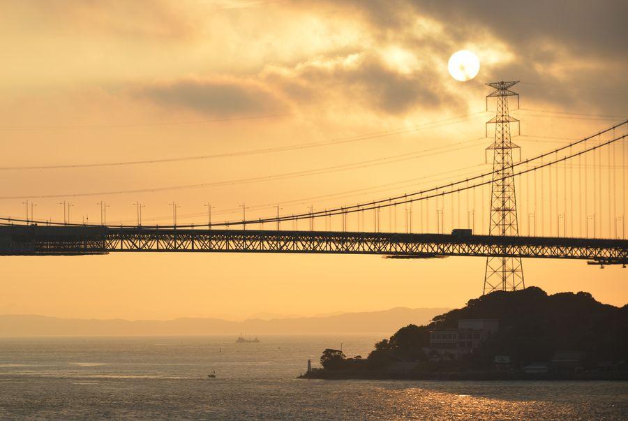 関門海峡 朝焼け-2