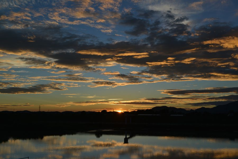 今日の夕陽 フェーン現象-3