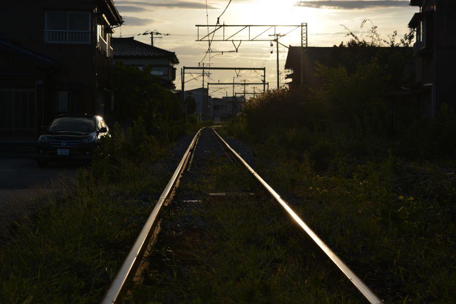光る線路-1