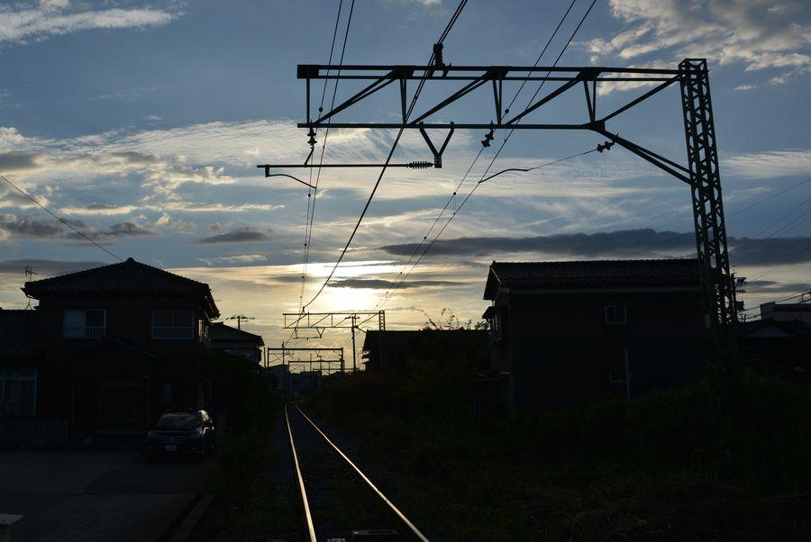 光る線路-3