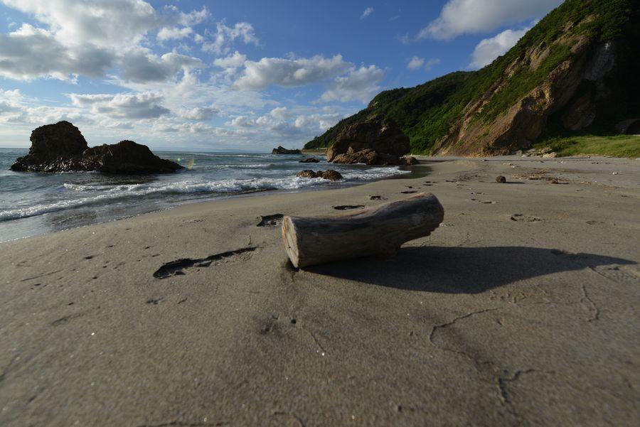 夏の終わりの海岸-2