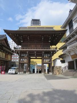 八坂神社の東楼門
