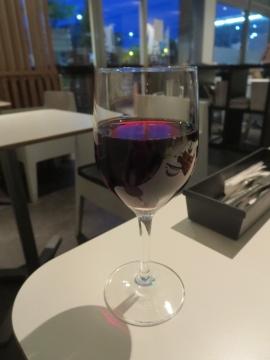 飲み放題 赤ワイン