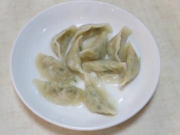 水餃子(一人前・十個) 350円