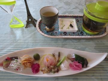 前菜と高山茶