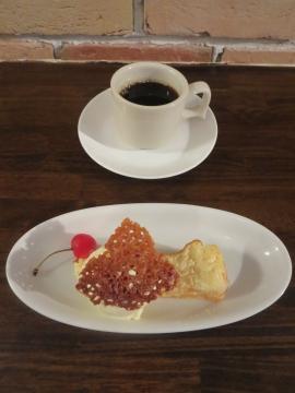 チーズケーキとコーヒー