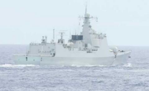 中国人「恥知らずの小日本がまた中国を覗き見している」 日本駆逐艦「あきづき」、中国新型神盾艦(イ...